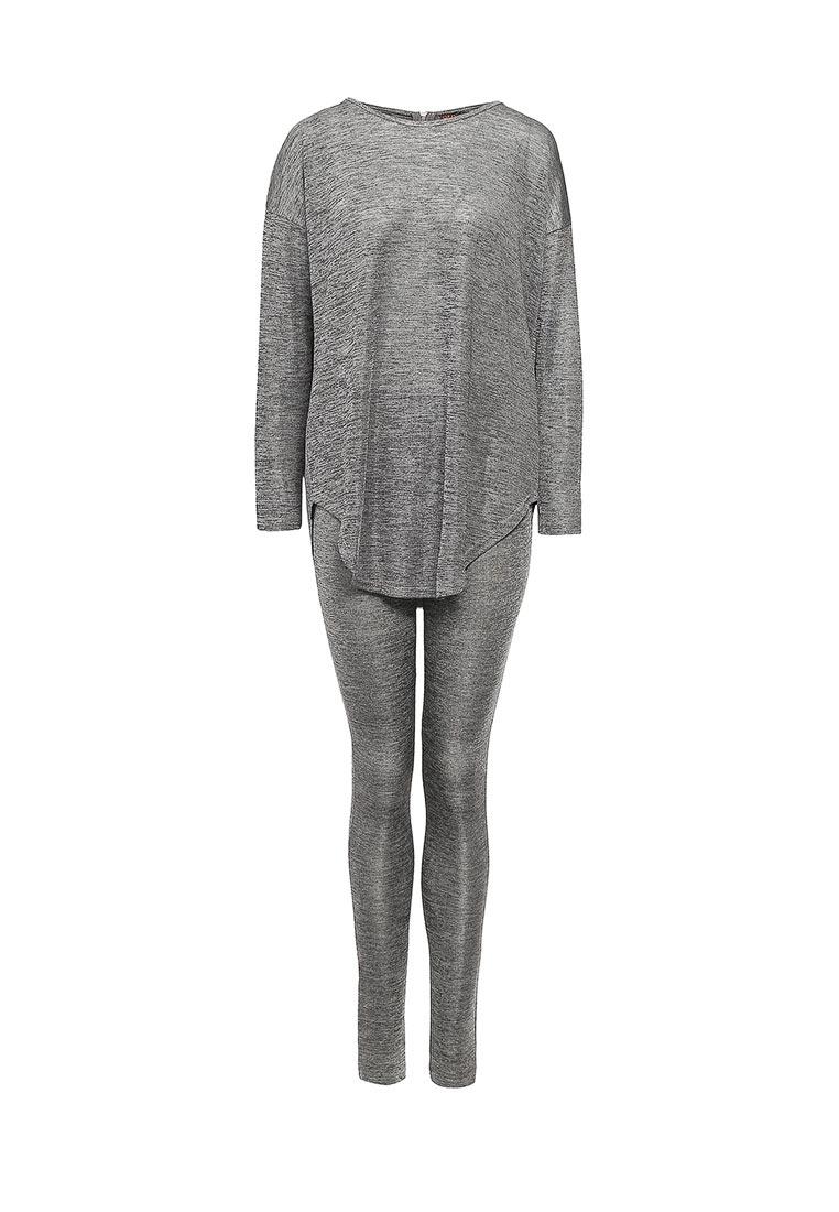 Костюм с брюками QED London NL8430 A