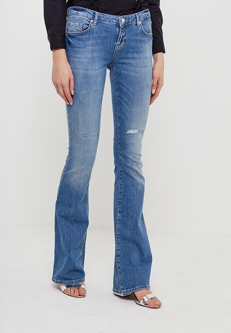 Широкие и расклешенные джинсы SH RNP17519JE