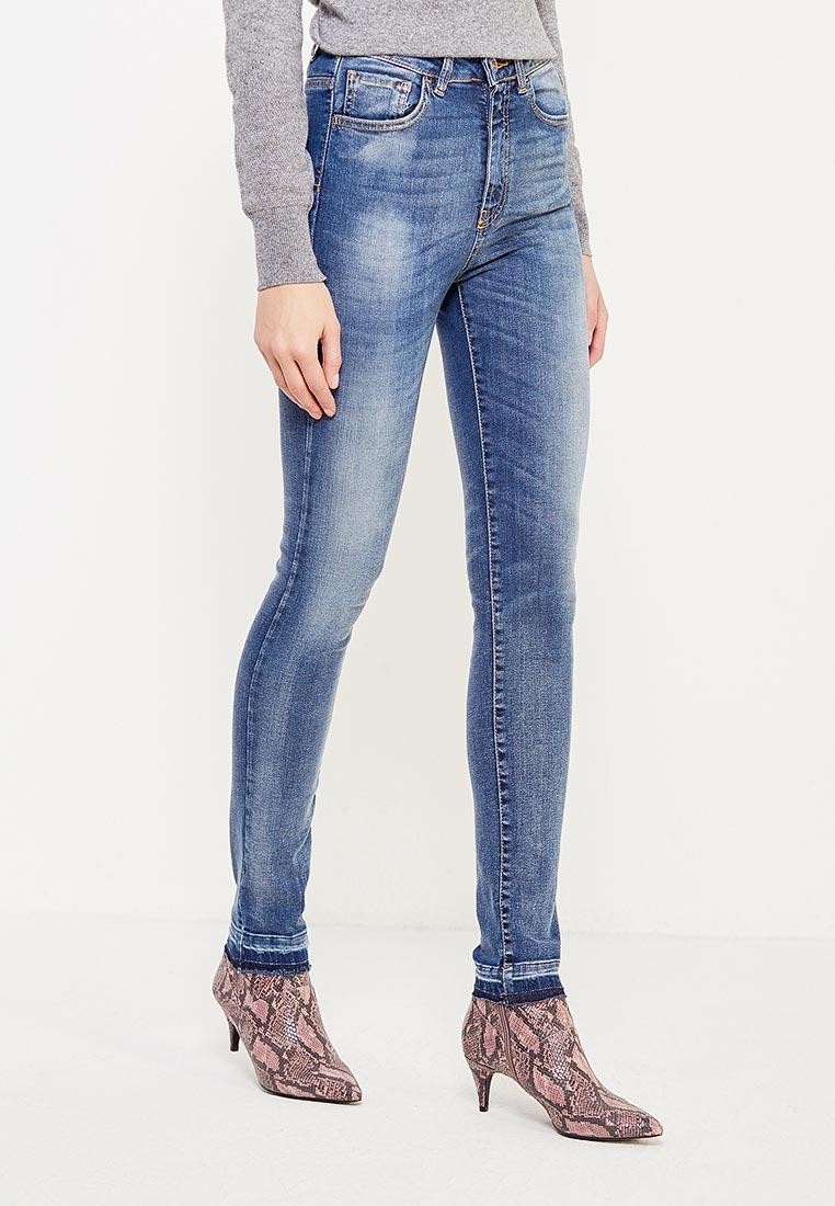 Зауженные джинсы United Colors of Benetton (Юнайтед Колорс оф Бенеттон) 4VI857354
