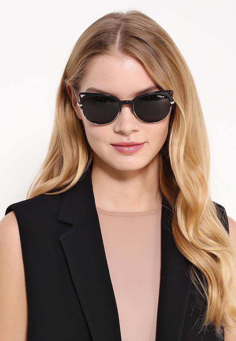 Женские солнцезащитные очки Vogue® Eyewear 0VO5137S: изображение 5