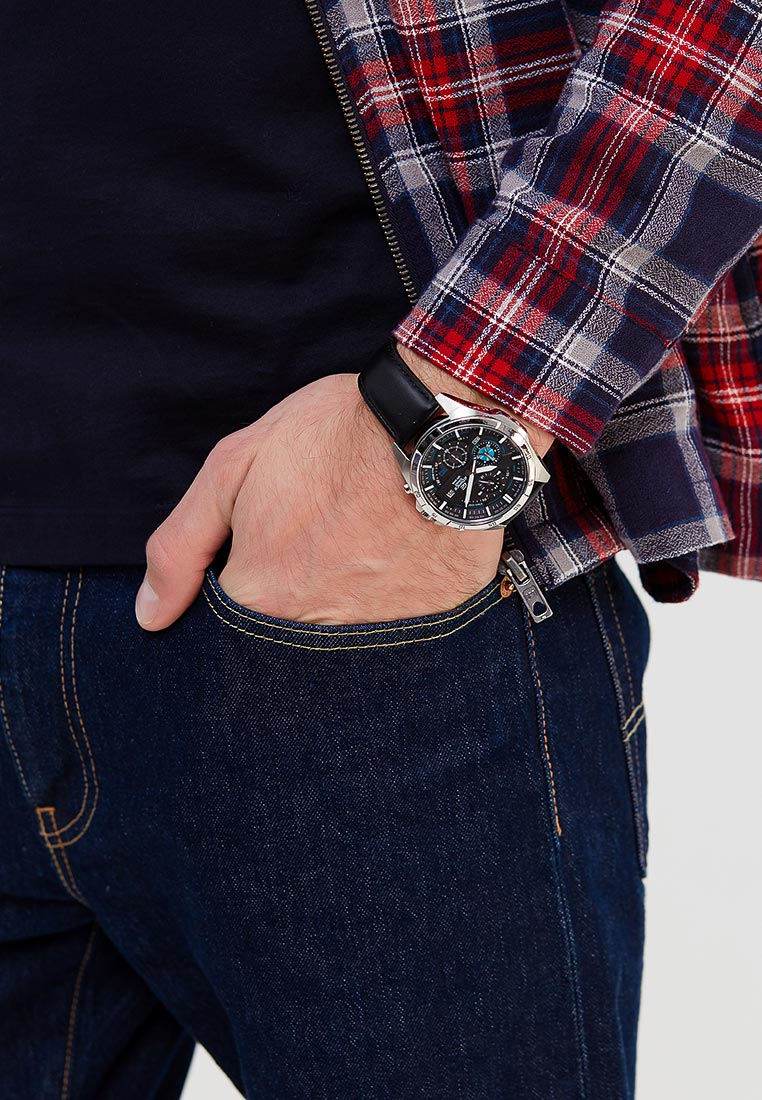 Мужские часы Casio EFR-556L-1A: изображение 6