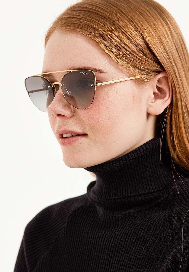 Женские солнцезащитные очки Vogue® Eyewear 0VO4074S: изображение 9